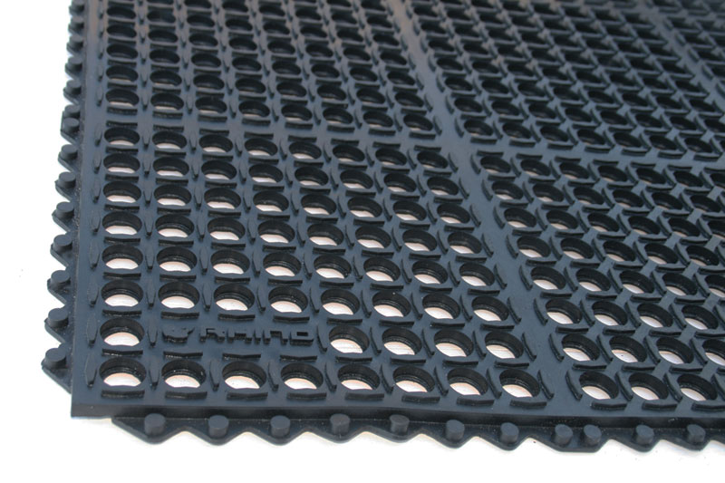 Restaurant Kitchen Stations buy us made drainage mats and commercial kitchen-restaurant mats